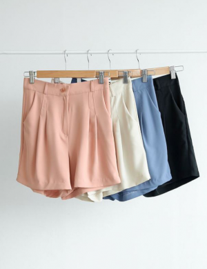 Smooth fabric cool shorts