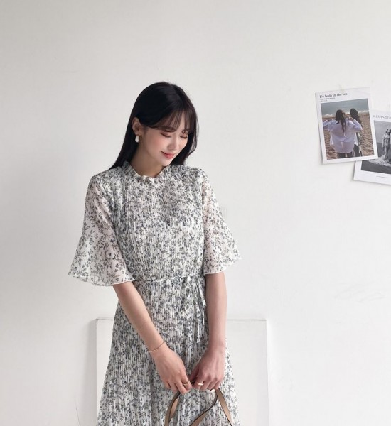 Lovely Floral Pleated Dress