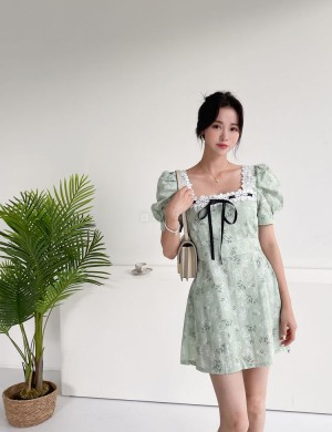 Puff Sleeve Square Neck Print Dress with Lace Trim